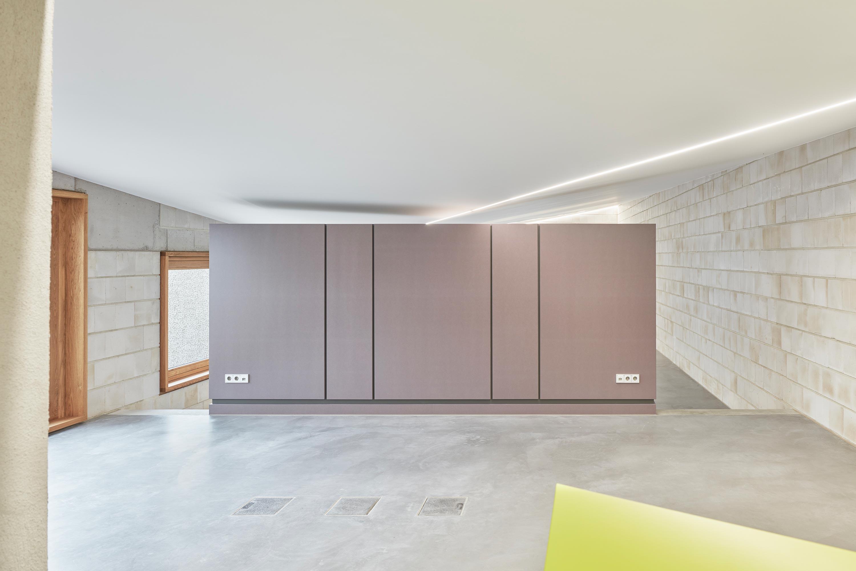Wir haben unser neues Büro bezogen ({project_images:field_row_count})