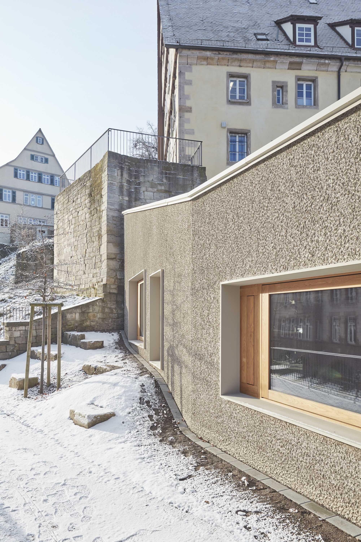›Eingebettet in den Schulberg - Integrierende Architektur die in der Verbindung zur Vergangenheit Gegenwart schafft‹  ({project_images:field_row_count})