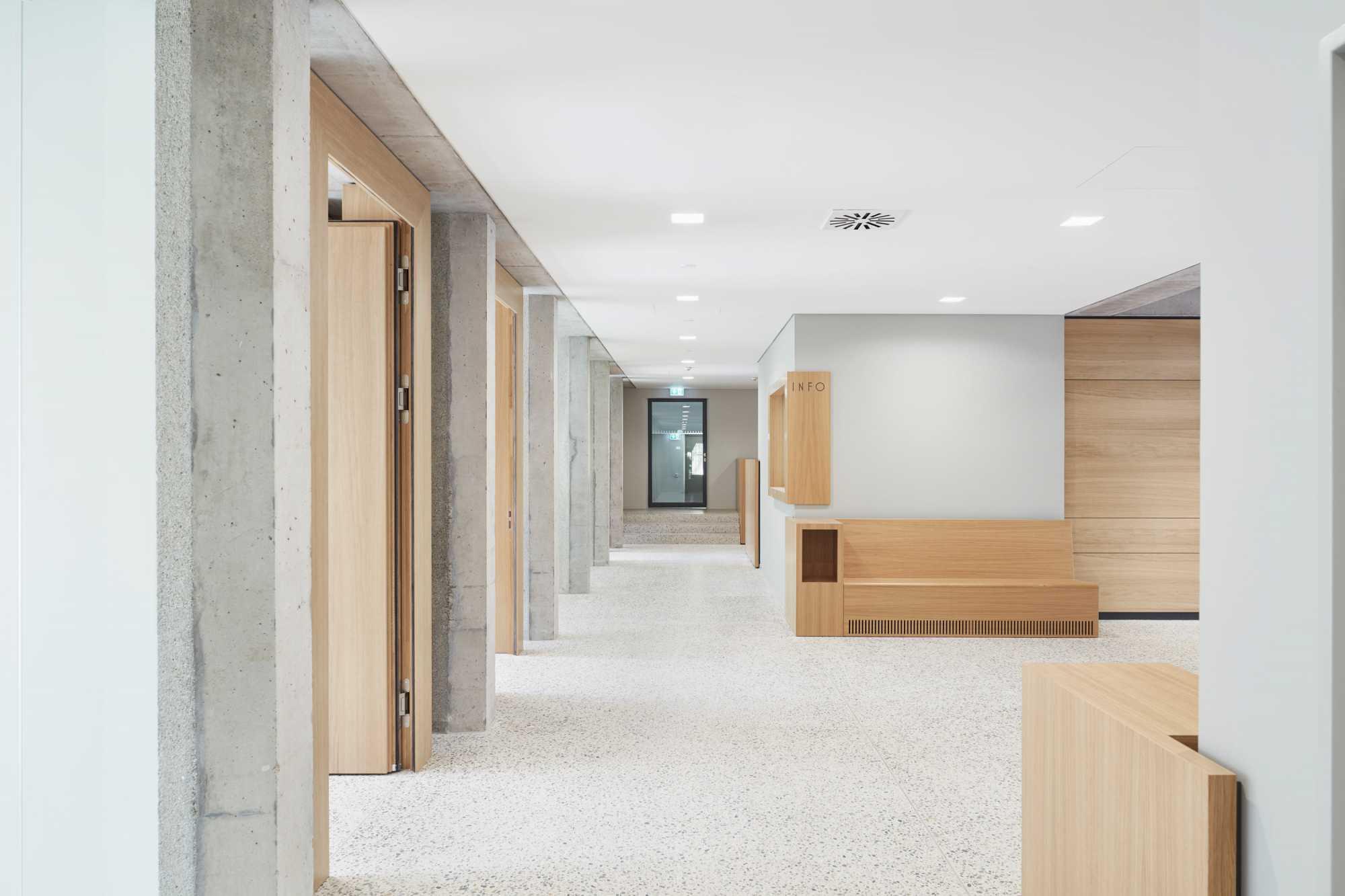 md INTERIOR DESIGN ARCHITECTURE publiziert den Umbau und die denkmalpflegerischen Sanierung des Amts-, Nachlass, und Betreuungsgerichts in Tübingen ({project_images:field_row_count})