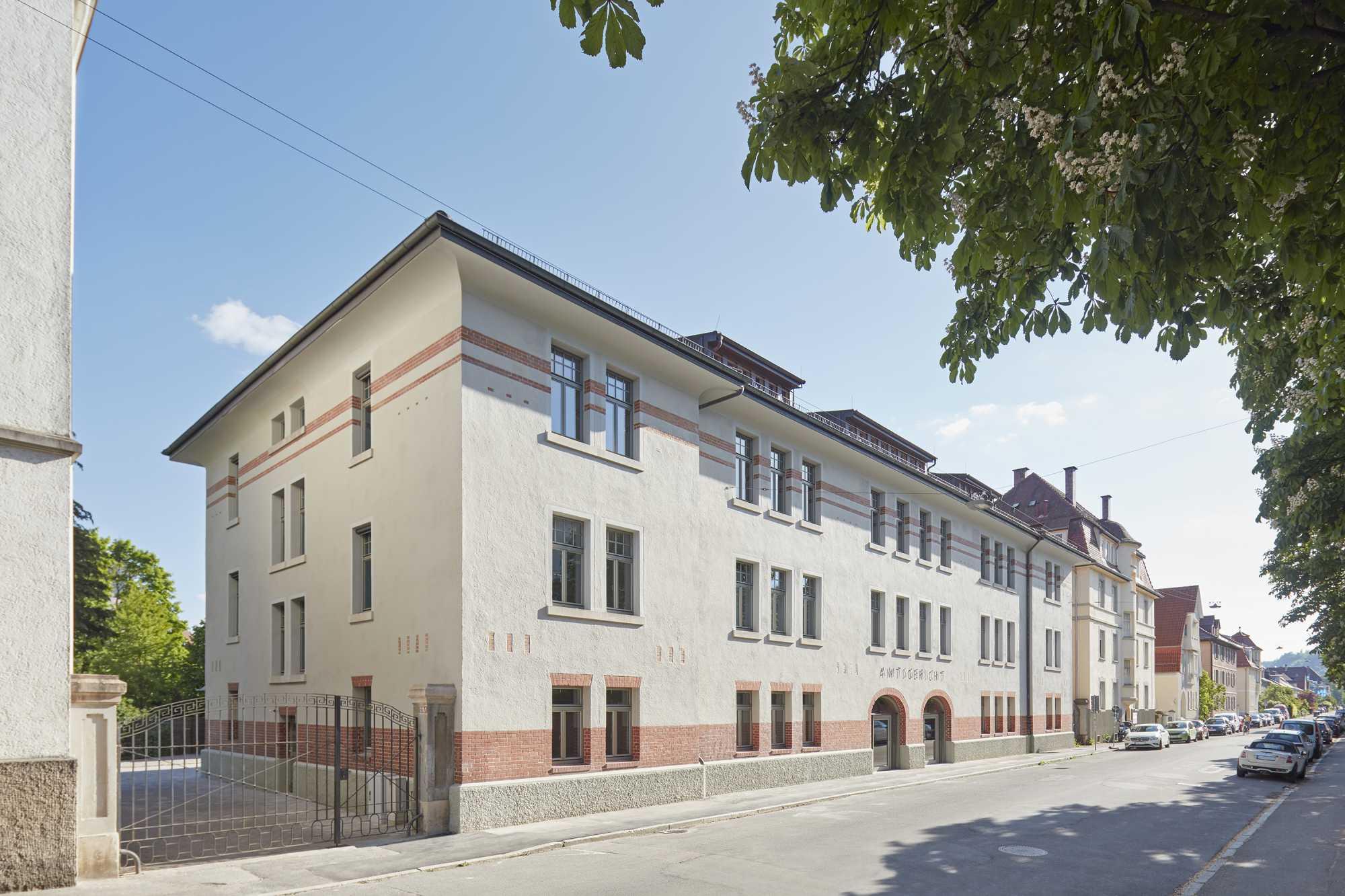 Kurz vor Bezug besichtigt unser Büroteam die denkmalpflegerische Sanierung und den Umbau Amtsgericht Schellingstraße ({project_images:field_row_count})