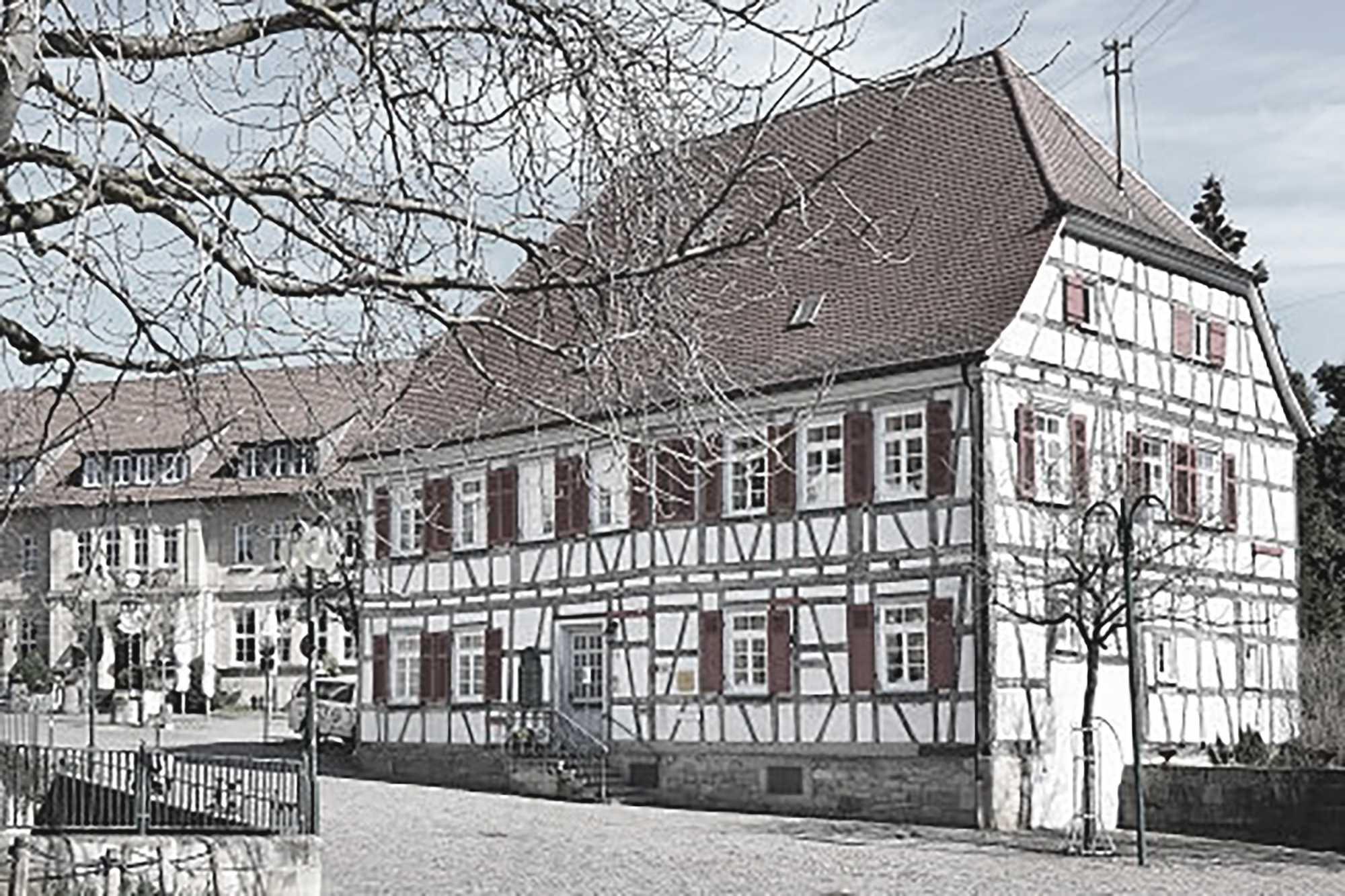 Zuschlag im Vergabeverfahren denkmalpflegerische Sanierung Pfarrhaus in Leinfelden Echterdingen ({project_images:field_row_count})