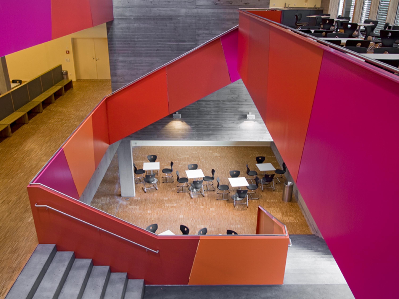 Mensa mit Bibliothek und Aula Uhlandstraße (11)