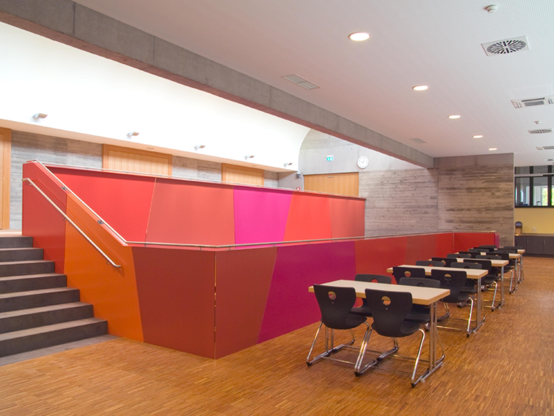 Mensa mit Bibliothek und Aula Uhlandstraße (15)