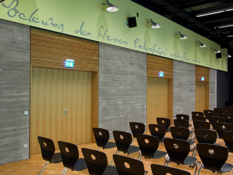 Mensa mit Bibliothek und Aula Uhlandstraße (7)