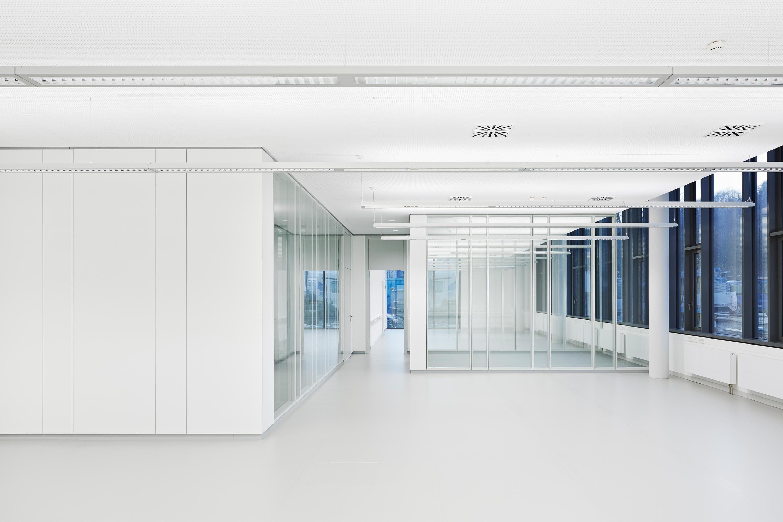 Büro- und Verwaltungsgebäude (14)