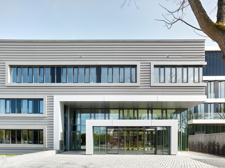 Umbau und energetische Sanierung Verwaltungsgebäude (3)