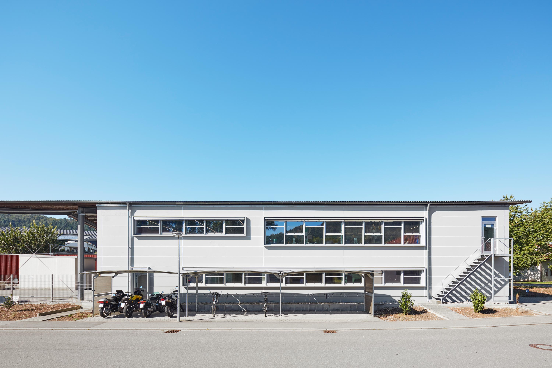 Umbau von Laborräumen zu Musterbauhalle für Einmalinstrumente (1)
