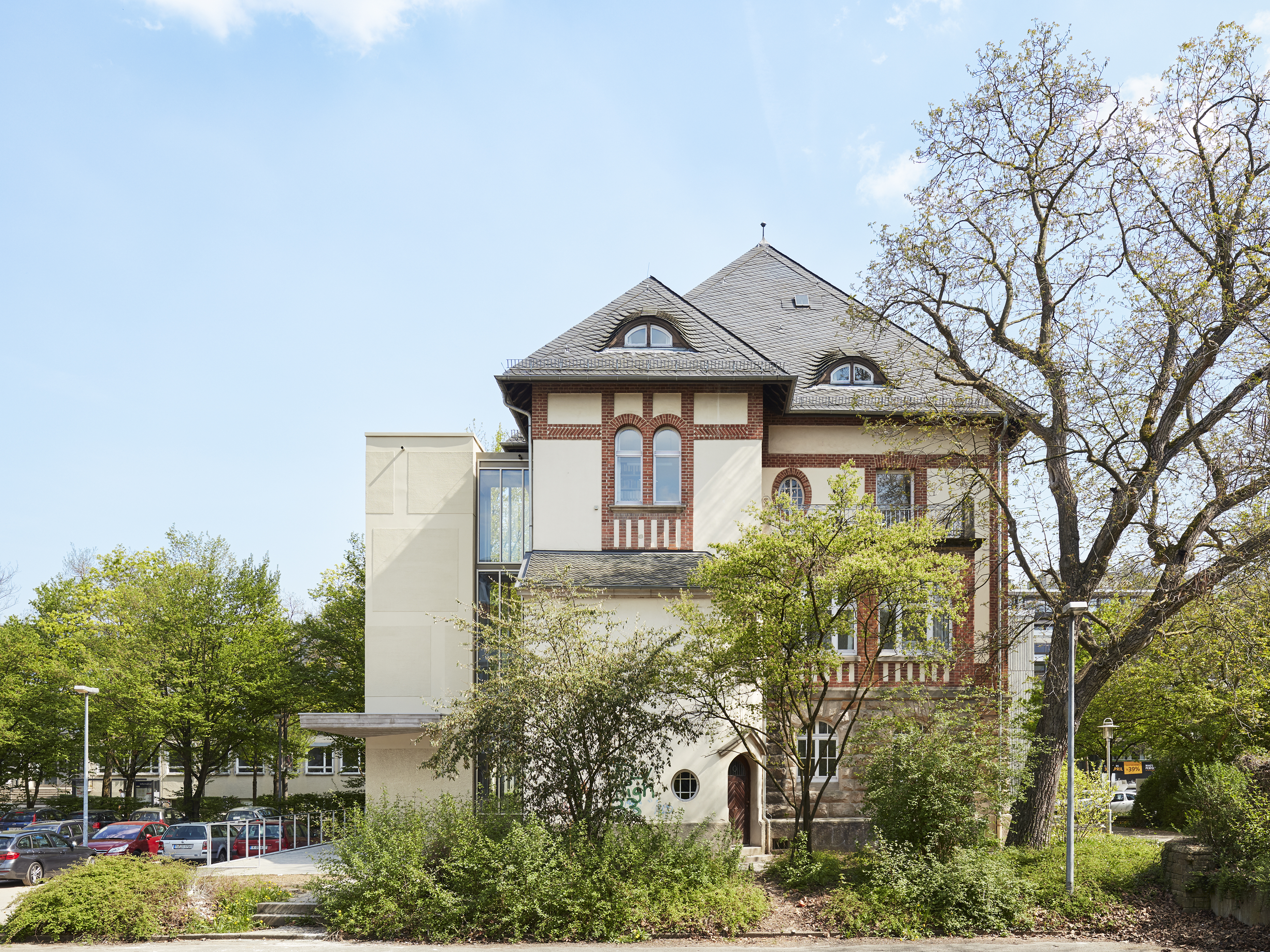 Umbau denkmalgeschützter Direktorenvilla zur neuen ›School of Education‹ (10)