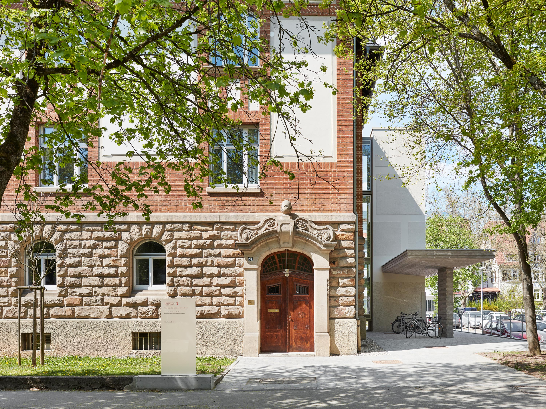 Umbau denkmalgeschützter Direktorenvilla zur neuen ›School of Education‹ (11)