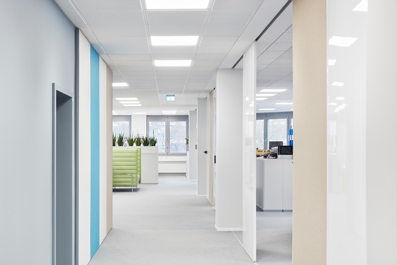 Fassadensanierung und Eingangsbaukörper Büro- und Verwaltungsgebäude (11)