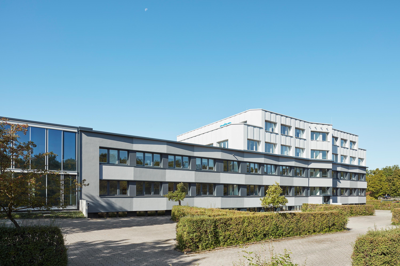 Fassadensanierung und Eingangsbaukörper Büro- und Verwaltungsgebäude (15)