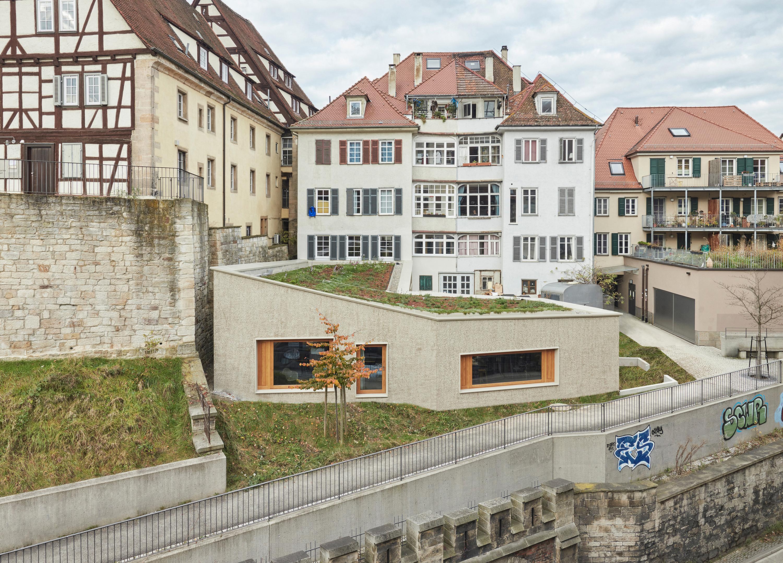 Umbau und Anbau Wohn- und Geschäftshaus (1)