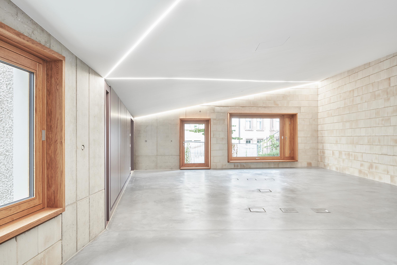 Umbau und Anbau Wohn- und Geschäftshaus (9)