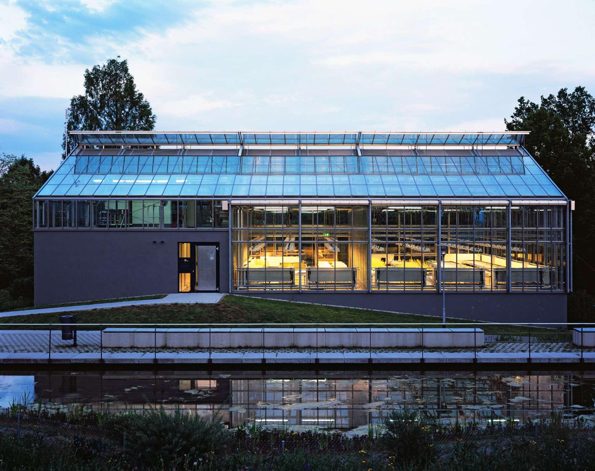 Gewächshaus zur Pflanzenforschung (13)