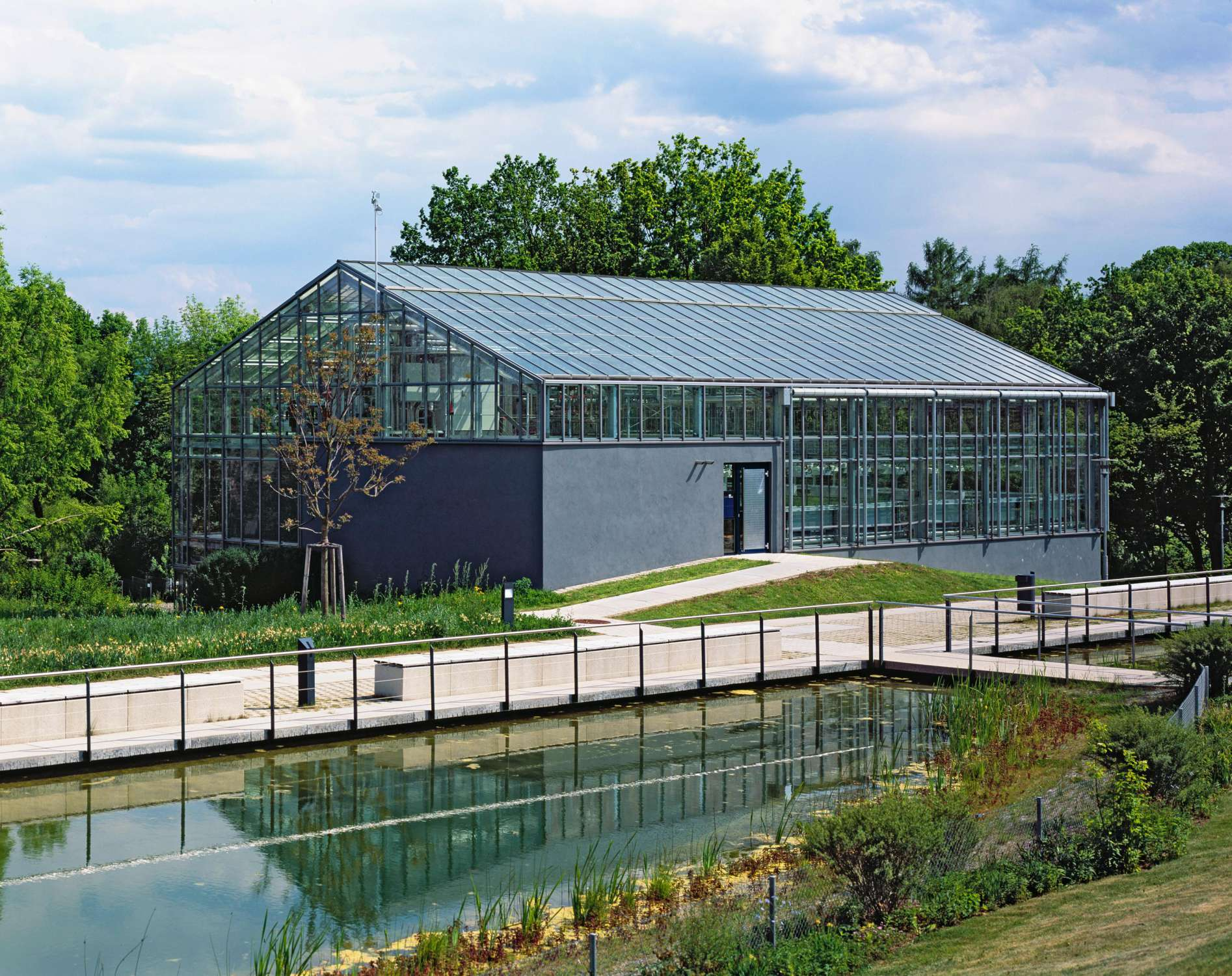 Gewächshaus zur Pflanzenforschung (7)