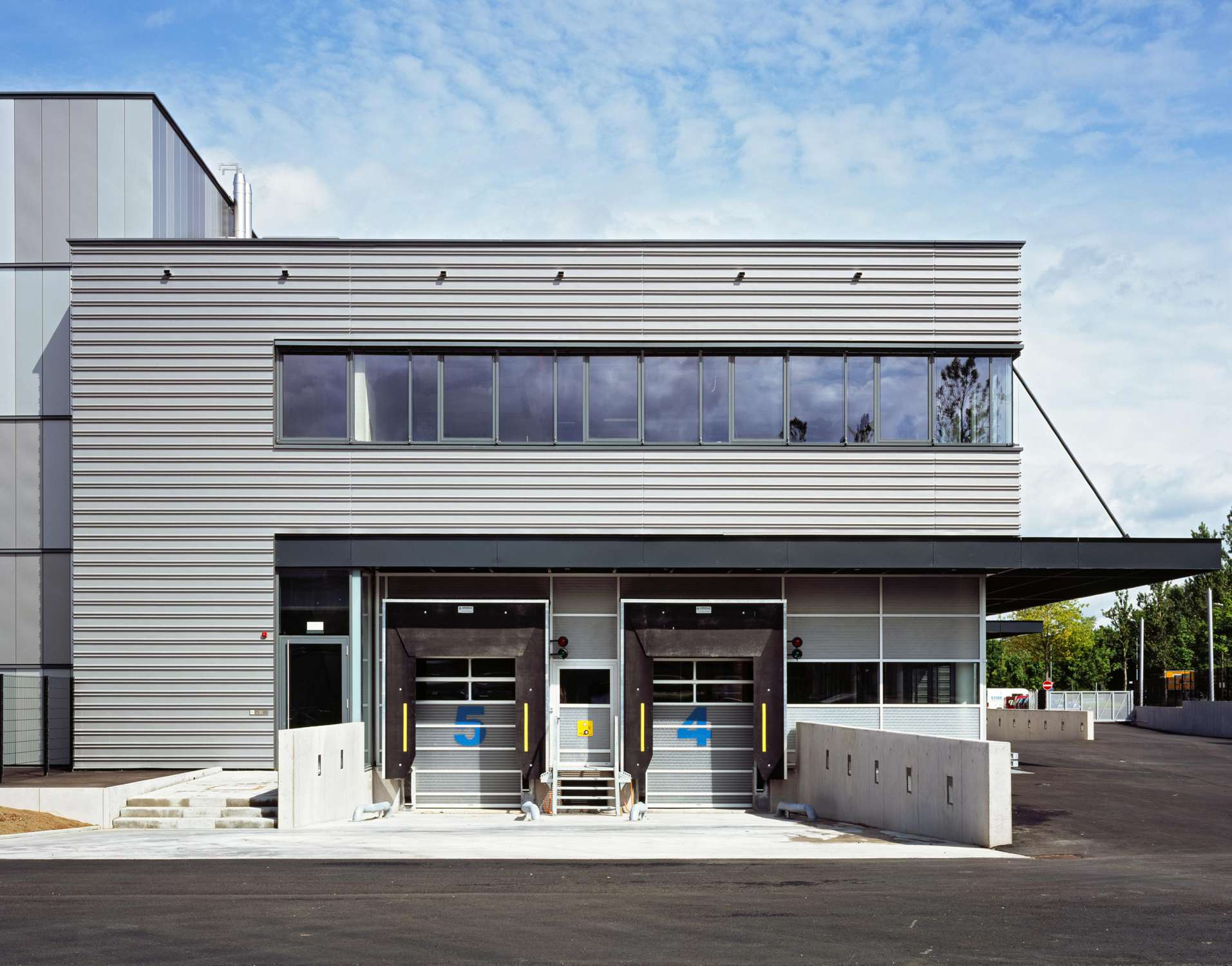 Neubau Logistikzentrum mit Großraumbüro (4)