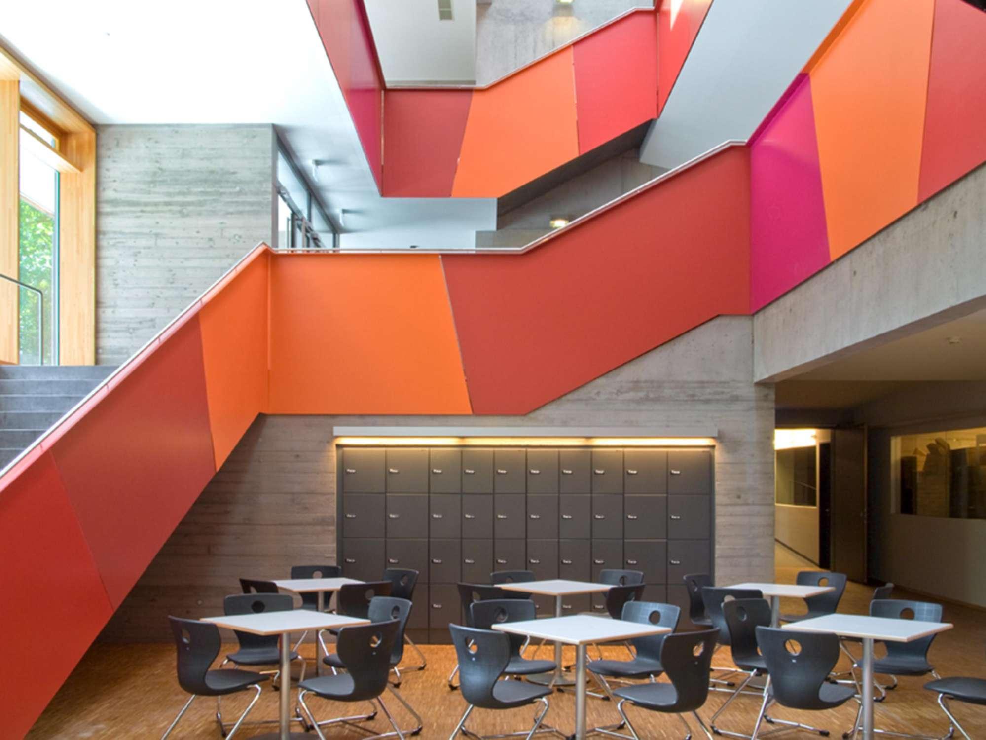 Mensa mit Bibliothek und Aula Uhlandstraße (3)