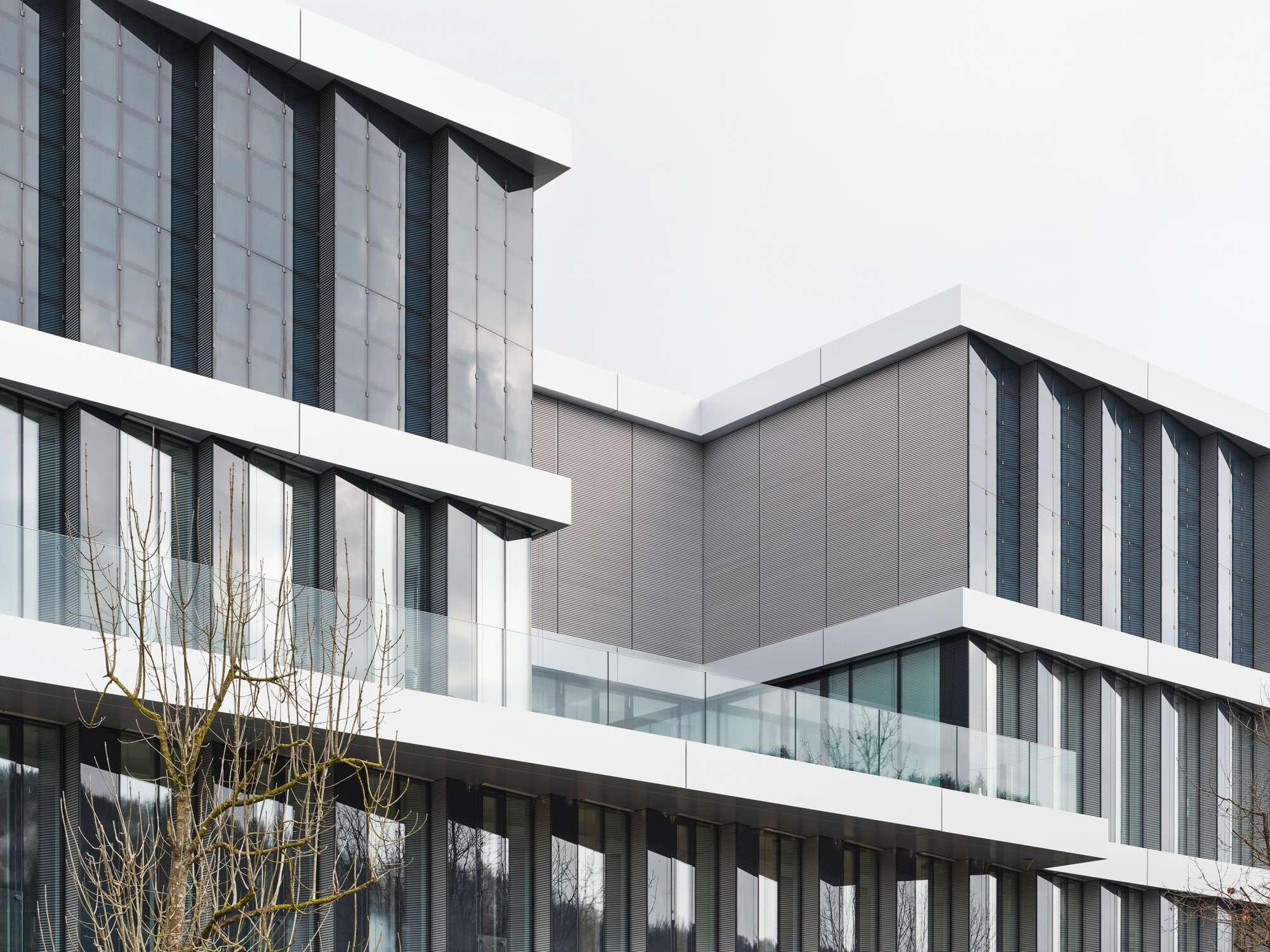 Büro- und Verwaltungsgebäude (1)