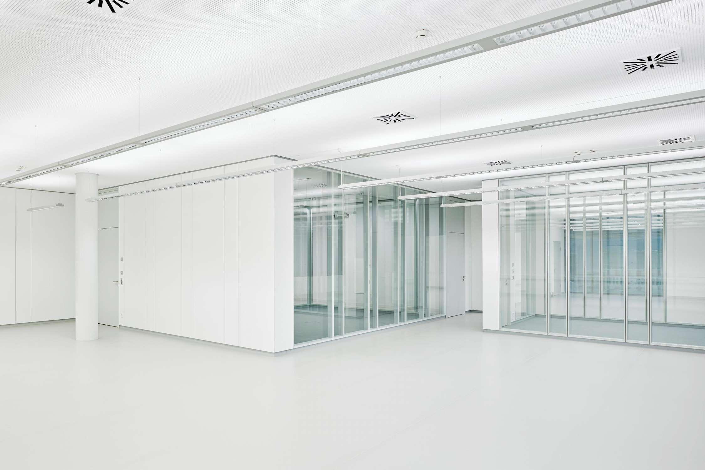 Büro- und Verwaltungsgebäude (12)