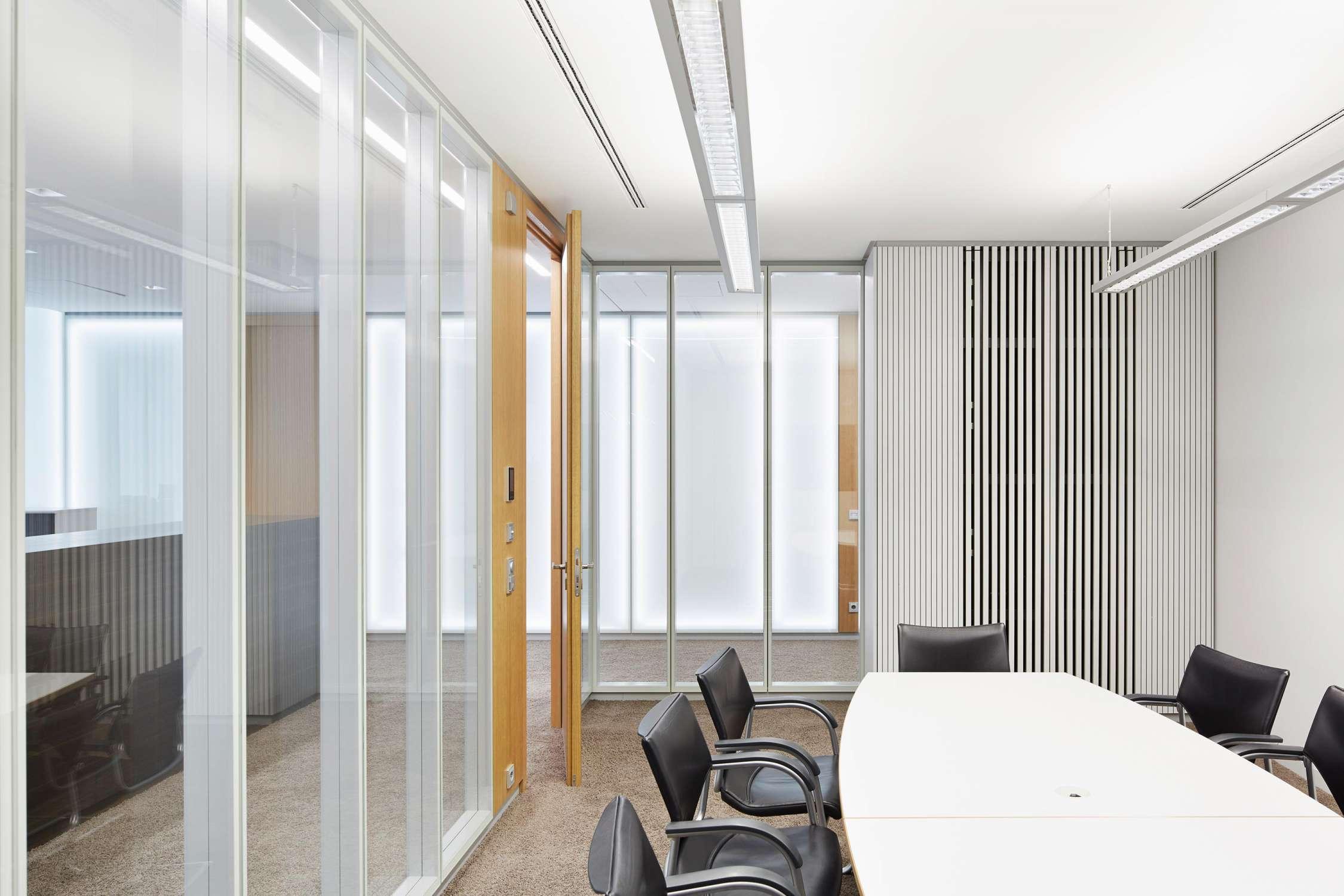 Büro- und Verwaltungsgebäude (8)