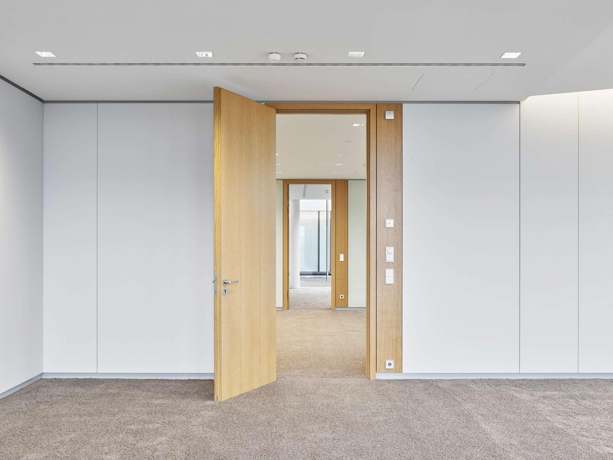 Büro- und Verwaltungsgebäude (9)