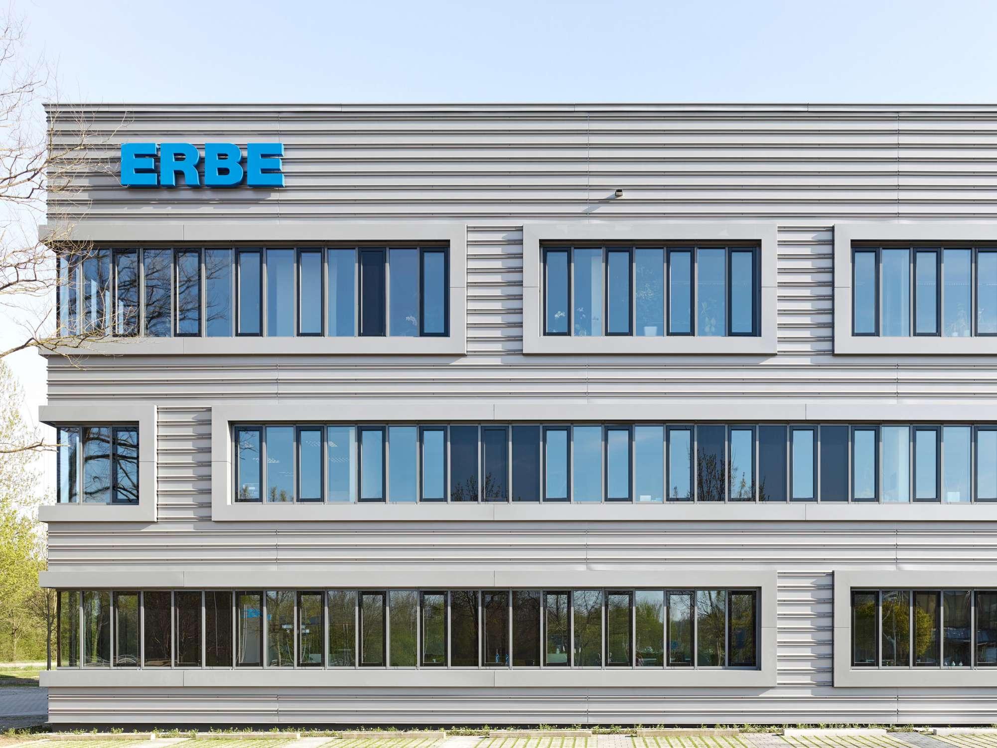 Umbau und energetische Sanierung Verwaltungsgebäude (2)