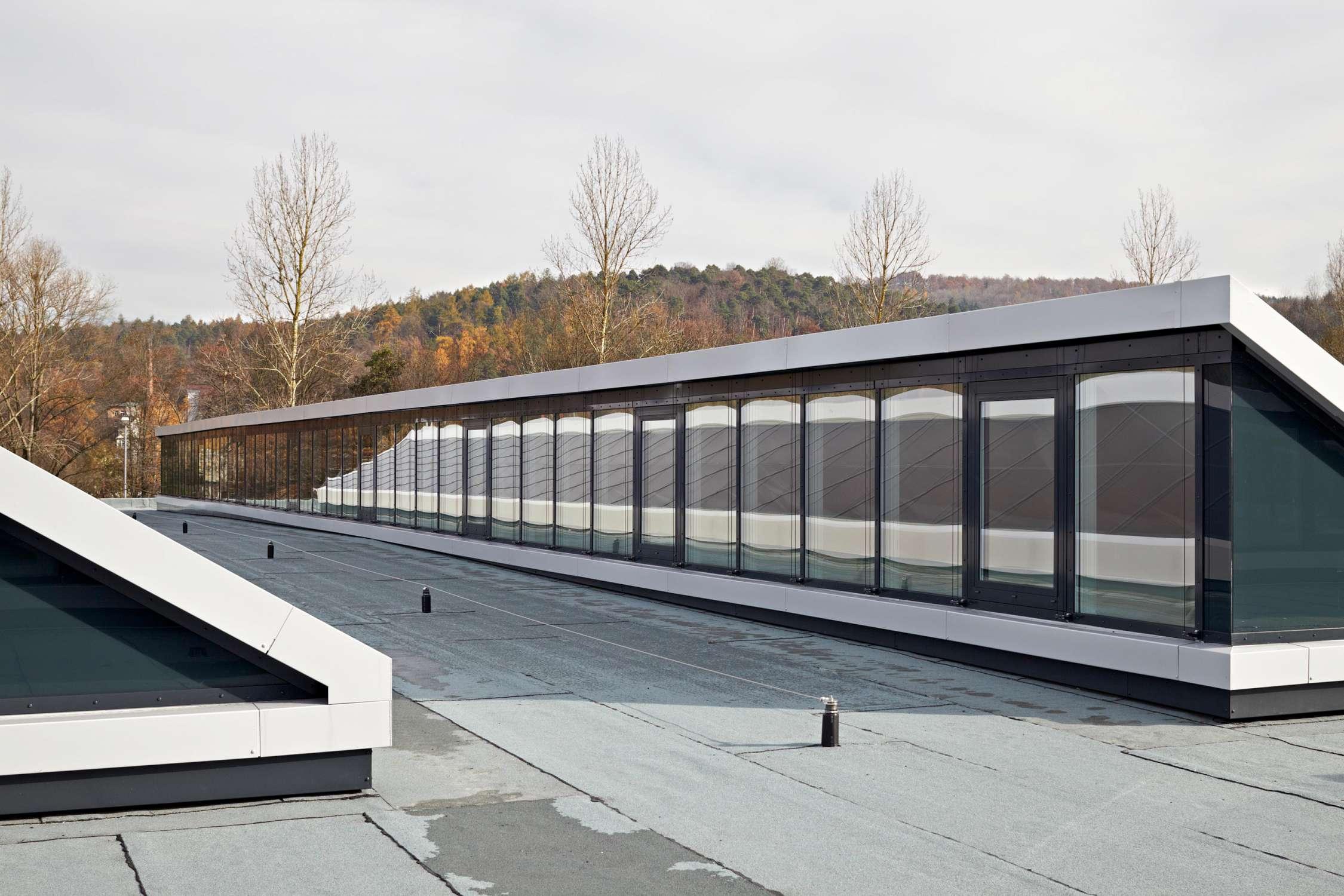 Energetische Dachsanierung Produktionsstätte (5)