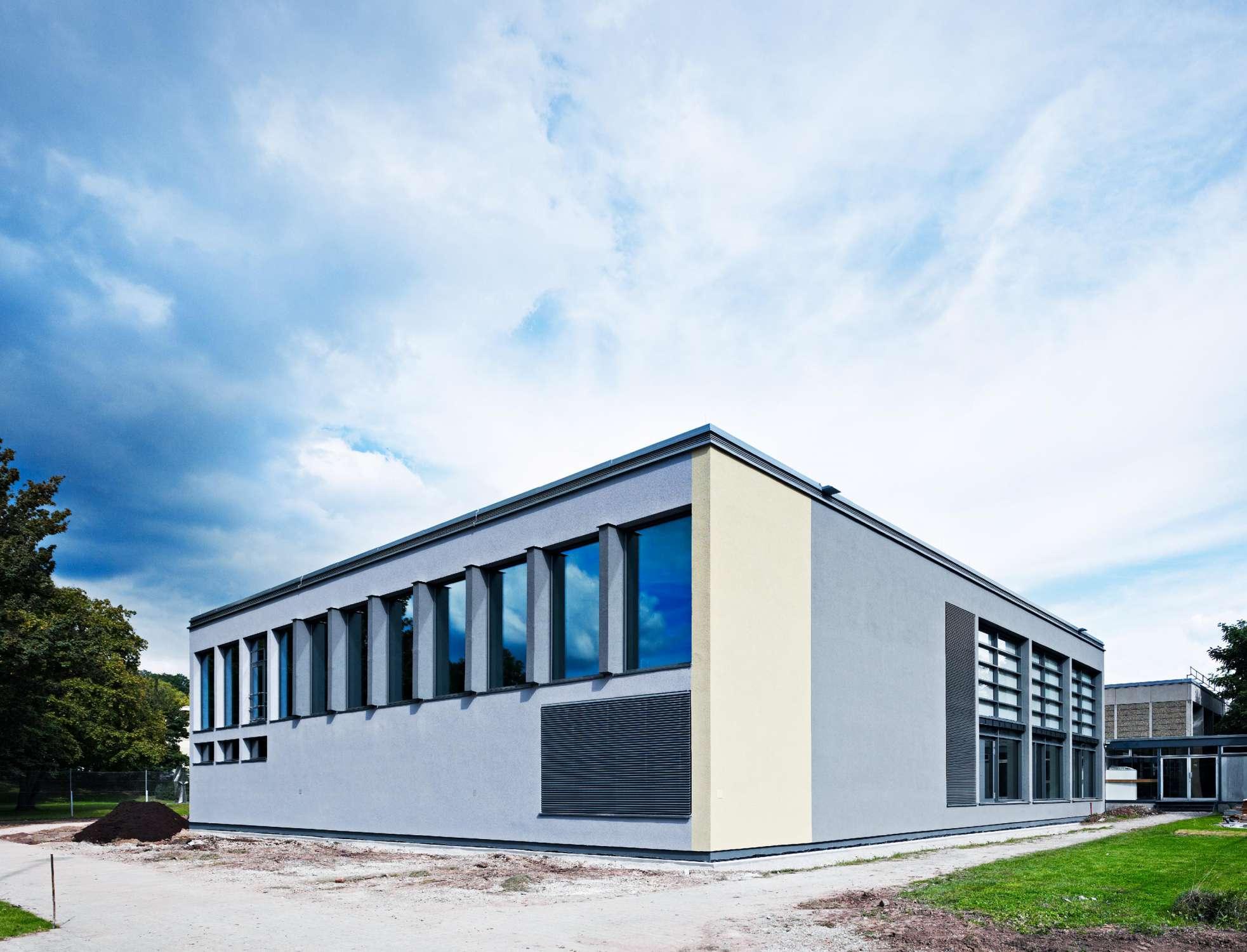 Sanierung Gymnastikhalle und Büros Sportinstitut (2)