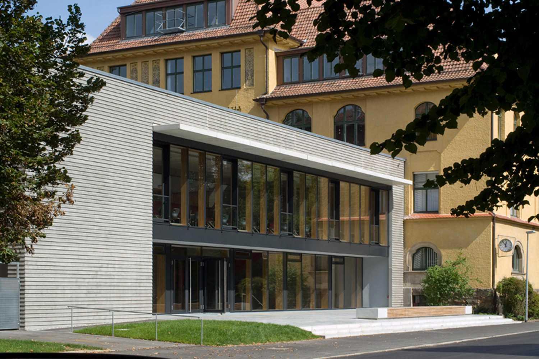 Mensa mit Bibliothek und Aula Uhlandstraße