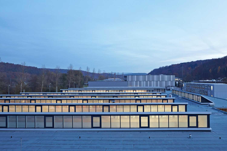 Energetische Dachsanierung Produktionsstätte