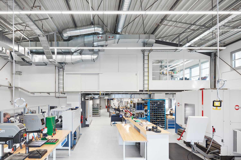 Umbau von Laborräumen zu Musterbauhalle für Einmalinstrumente